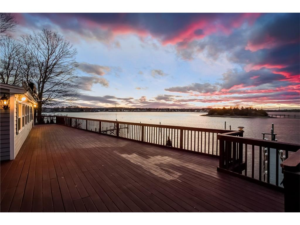 Waterfront Home Amazing views – Portsmouth